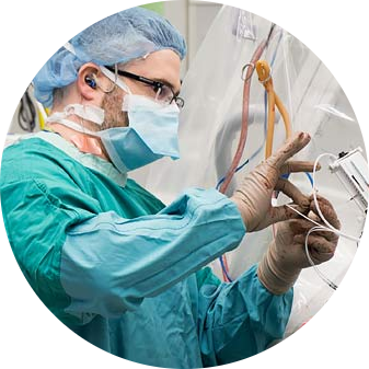 Dr. Adam Sachs uses virtual reality in the operating room